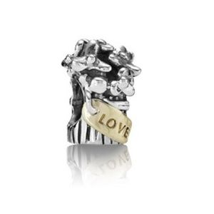 Authentic PANDORA Best Love Flower Bouquet Charm
